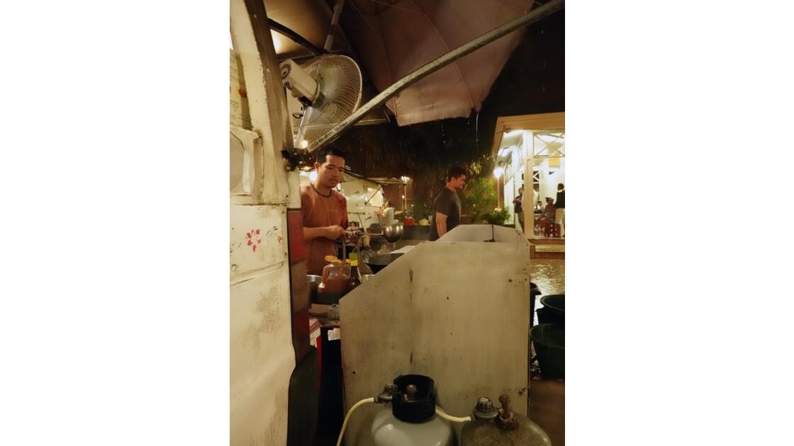 Tahiti Papeete Roulottes de la Place Vaiete 6