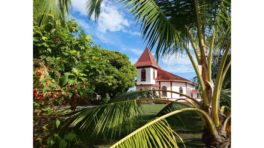 Tahiti Nui L'église du Tombeau du roi Pomaré V - 2