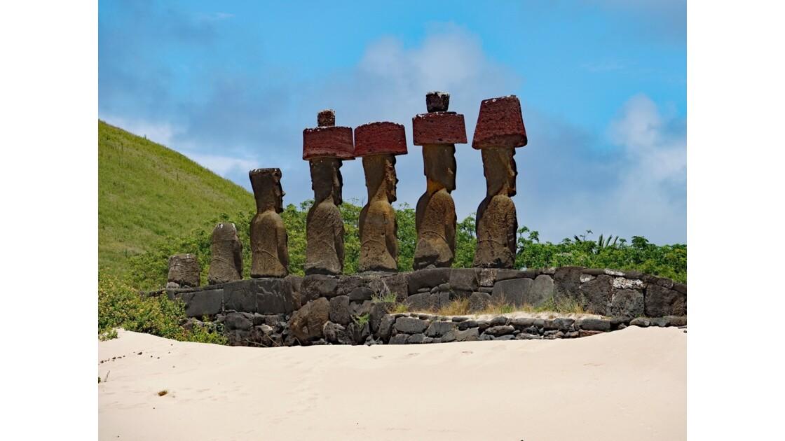 Île de Pâques Anakena Ahu Nau Nau 2