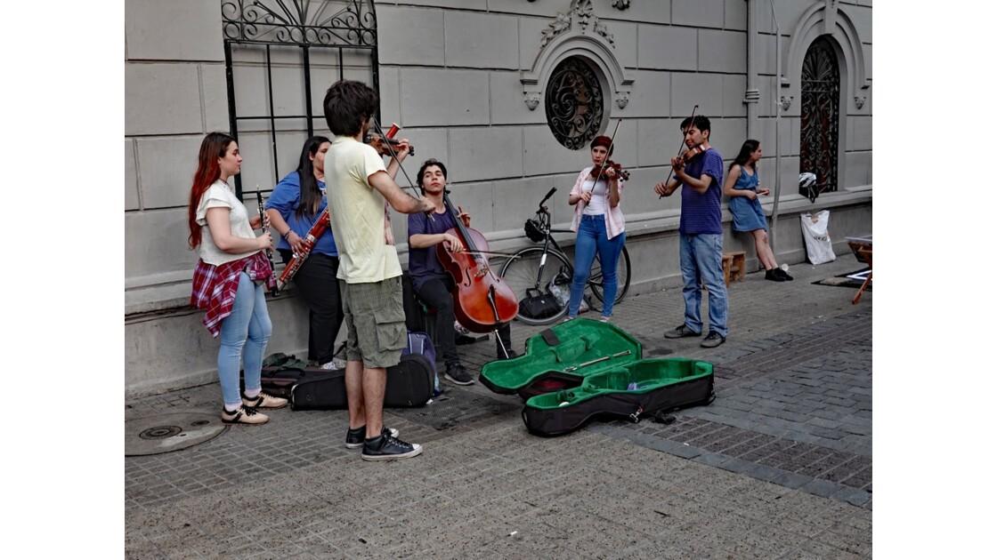 Chili Santiago Plaza de Armas Statue équestre de Pedro de Valdivia 6