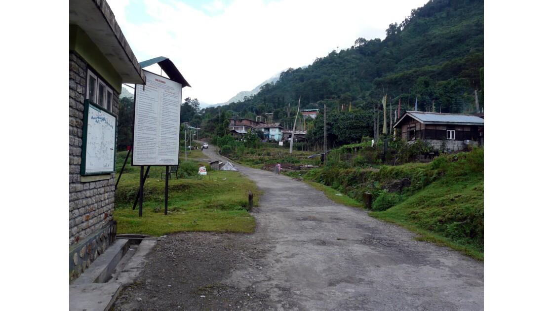 Départ du trek de Tsokha pour Dzongri