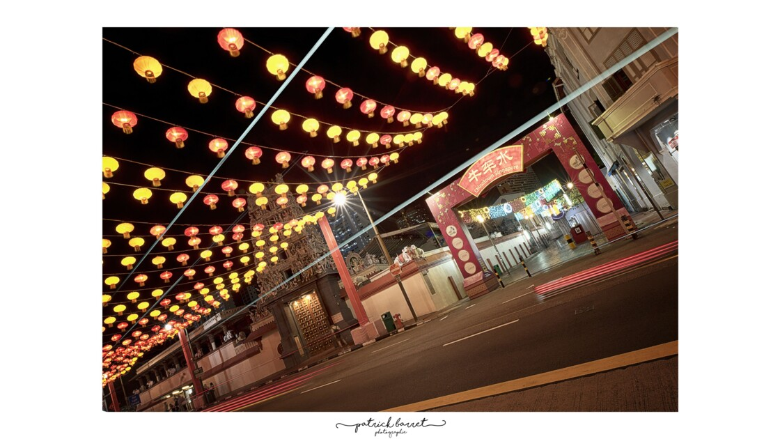 Chinatown District by Night – Singapour © P A T R I C K • B A R R E T