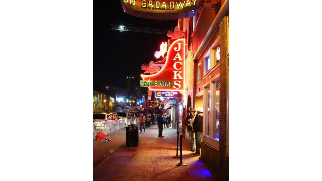 Nashville Broadway Street 4