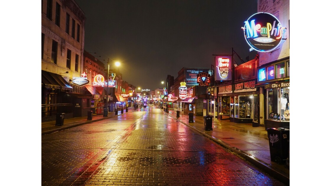 Memphis Soir de pluie sur Beale Street 1