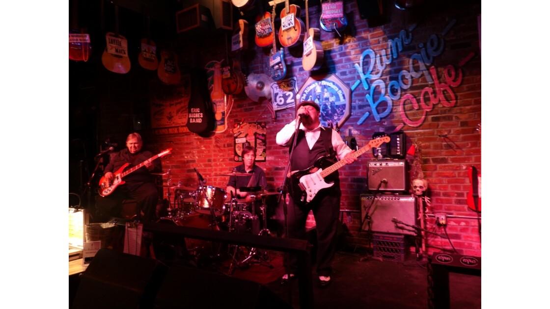 Memphis Rum Body Café 7
