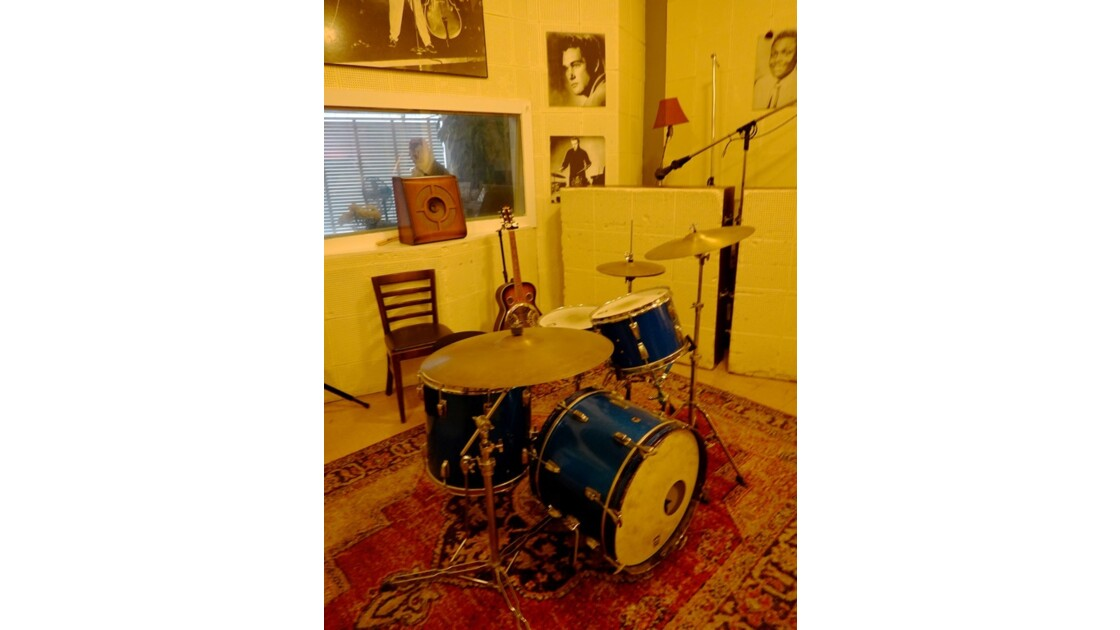 Memphis Sun Studio 8