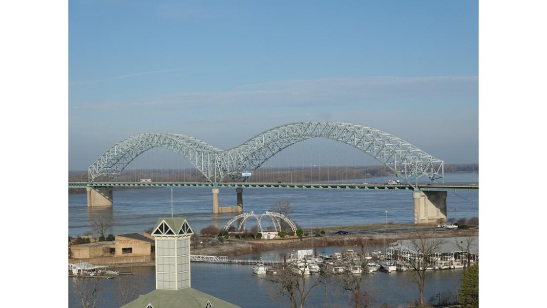 Memphis Hernando de Soto Bridge 1