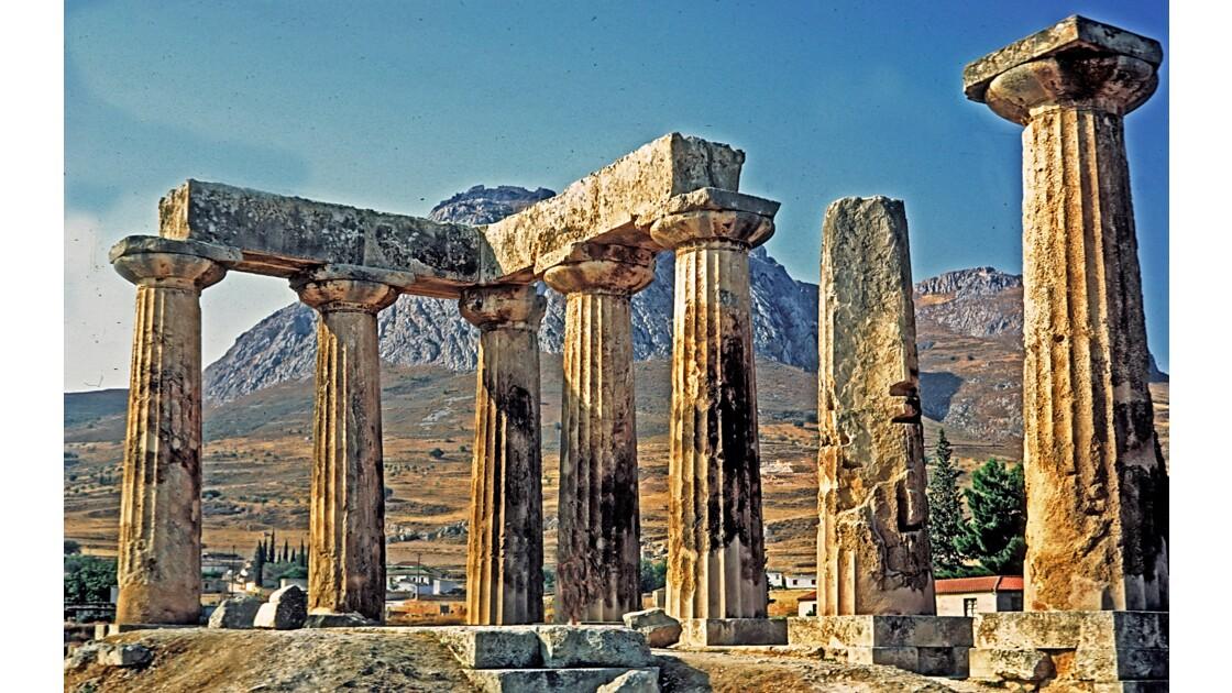 Ancien Corinthe Temple d'Apollon
