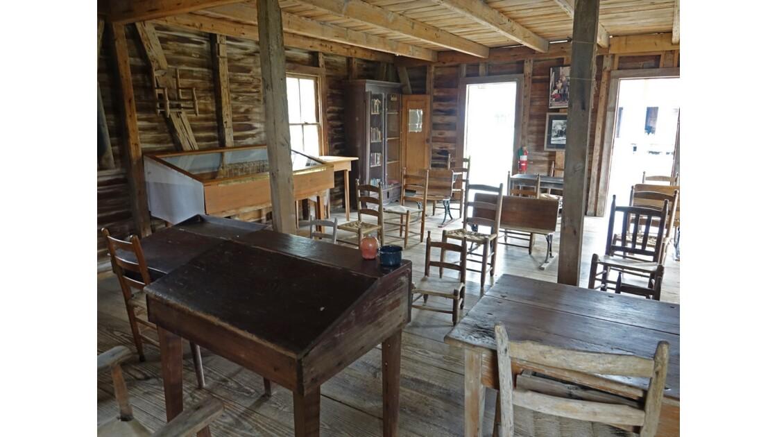 Lafayette Acadian Village L'école 2