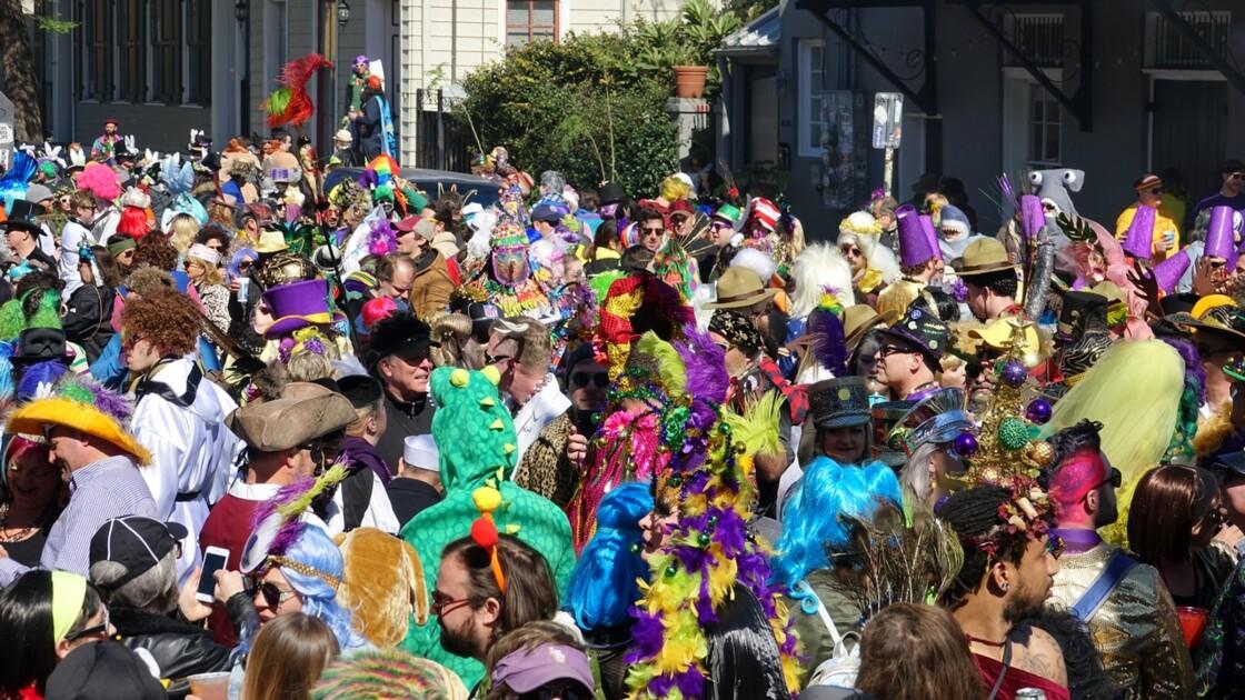 New Orleans Jour de Mardi-Gras Royal Street Inn Bar 3