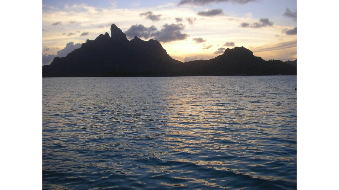 Coucher de soleil dans les îles