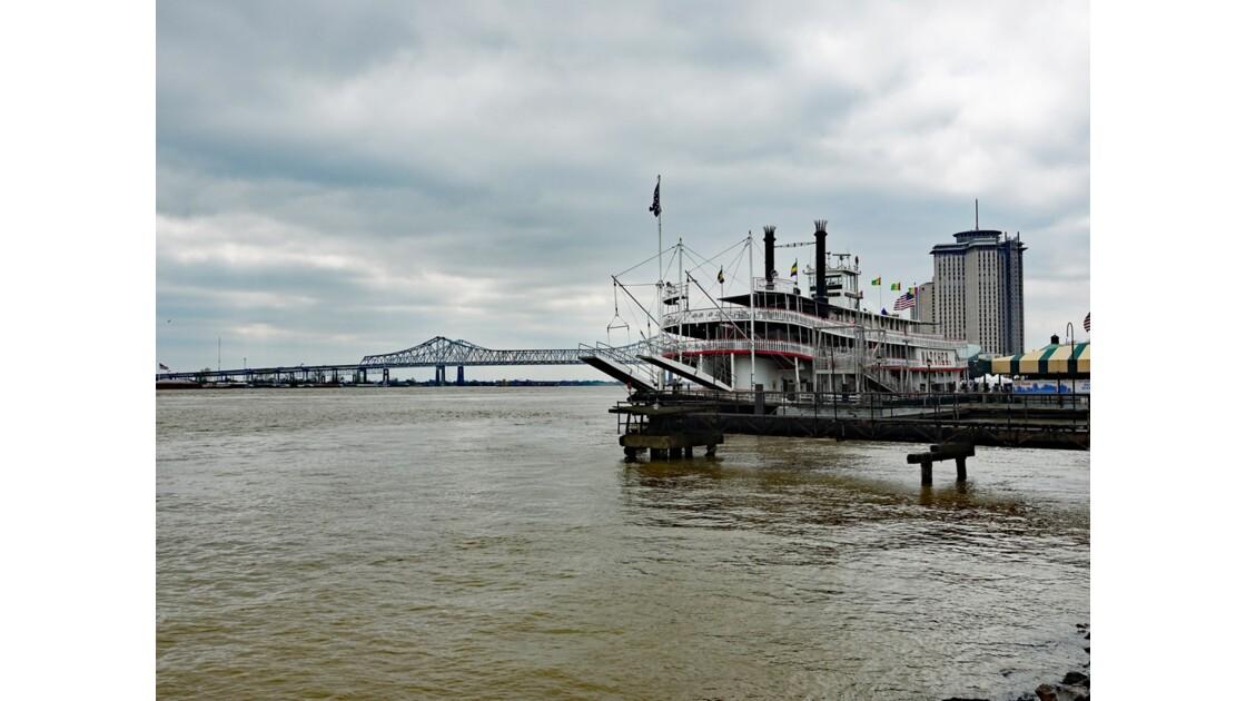 New Orleans Le Natchez à quai 2