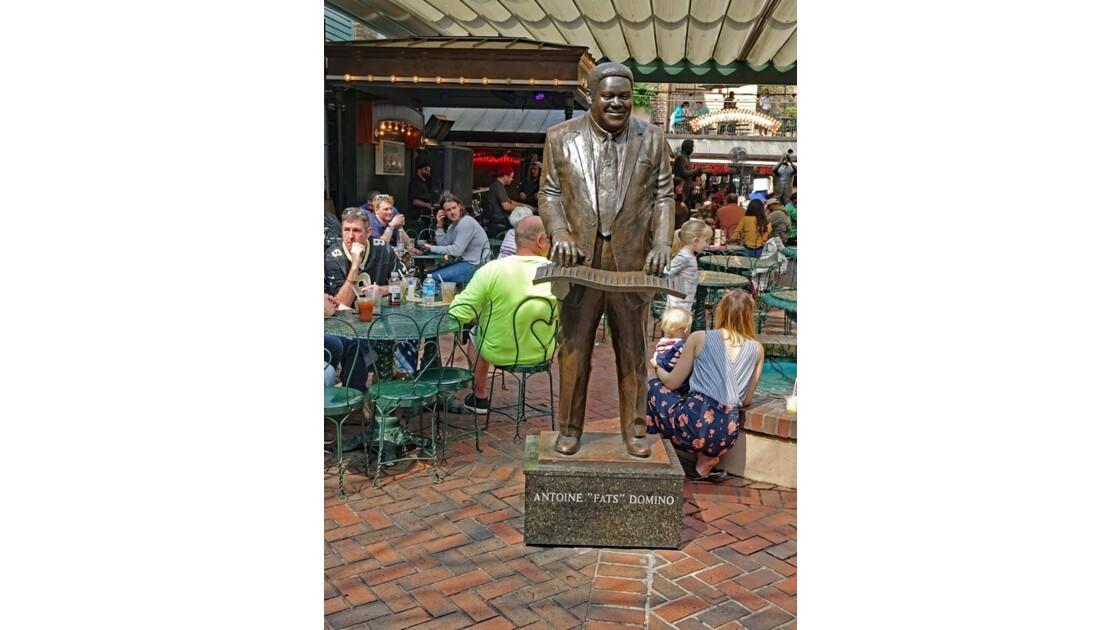 New Orleans Bourbon Street Musical Legends Park 4