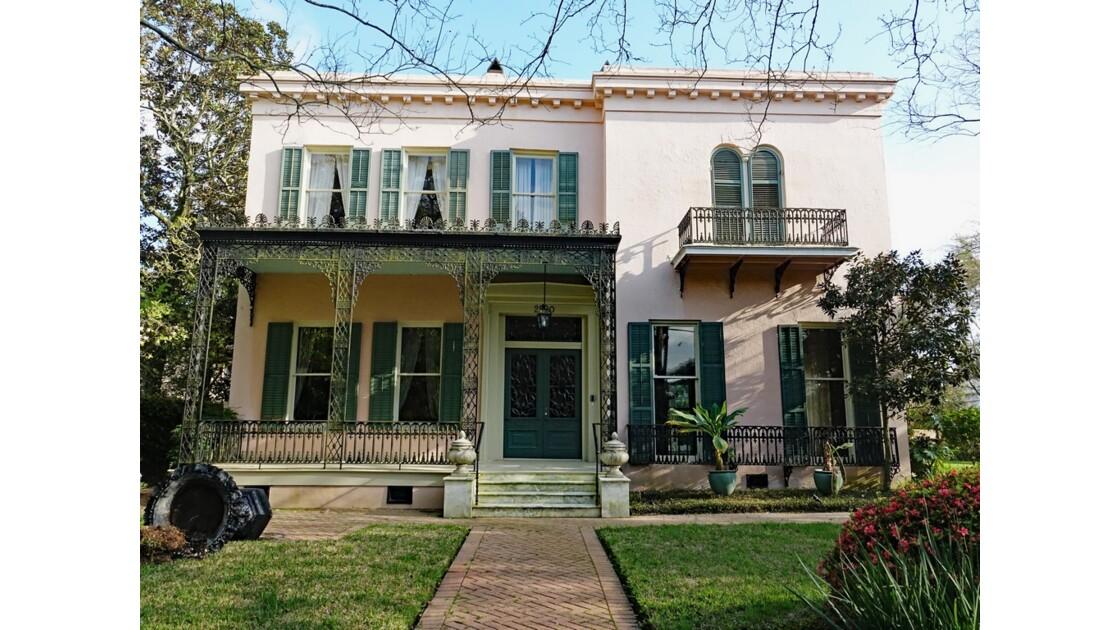 New Orleans Garden District 3th Street Briggs-Staub House