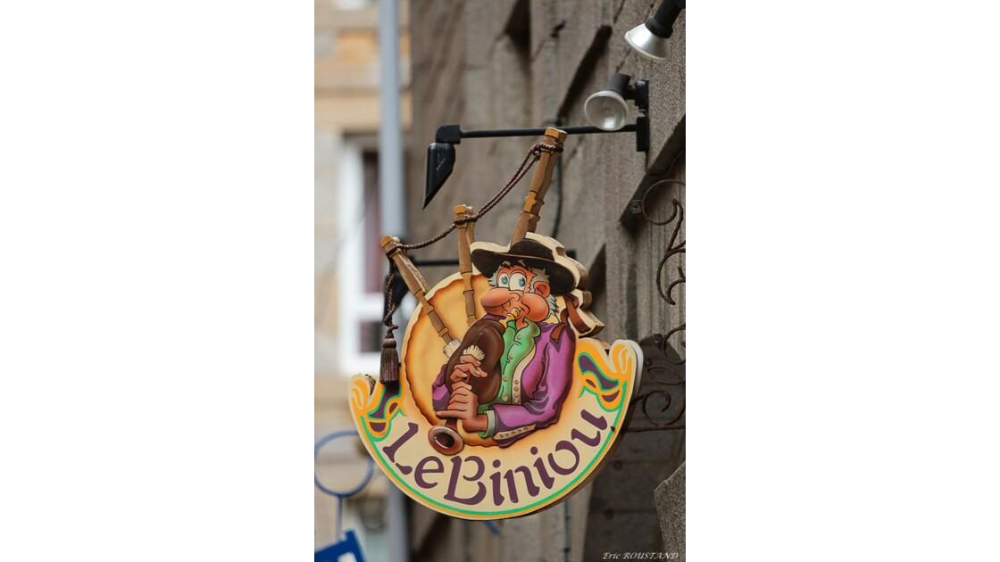 St-Malo...la tête en l'air