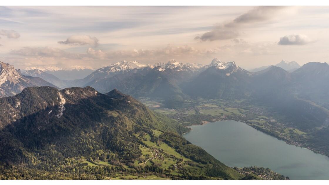 Au dessus du Lac d'Annecy