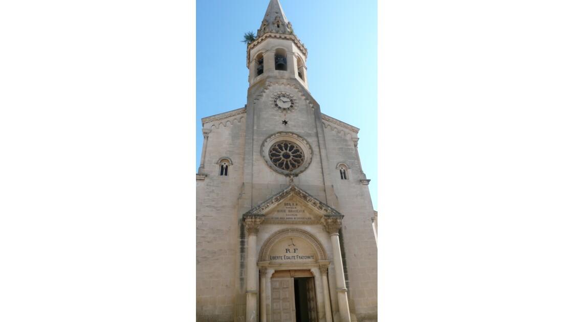 Eglise Saint Etienne à Saint Saturnin Lès Apt