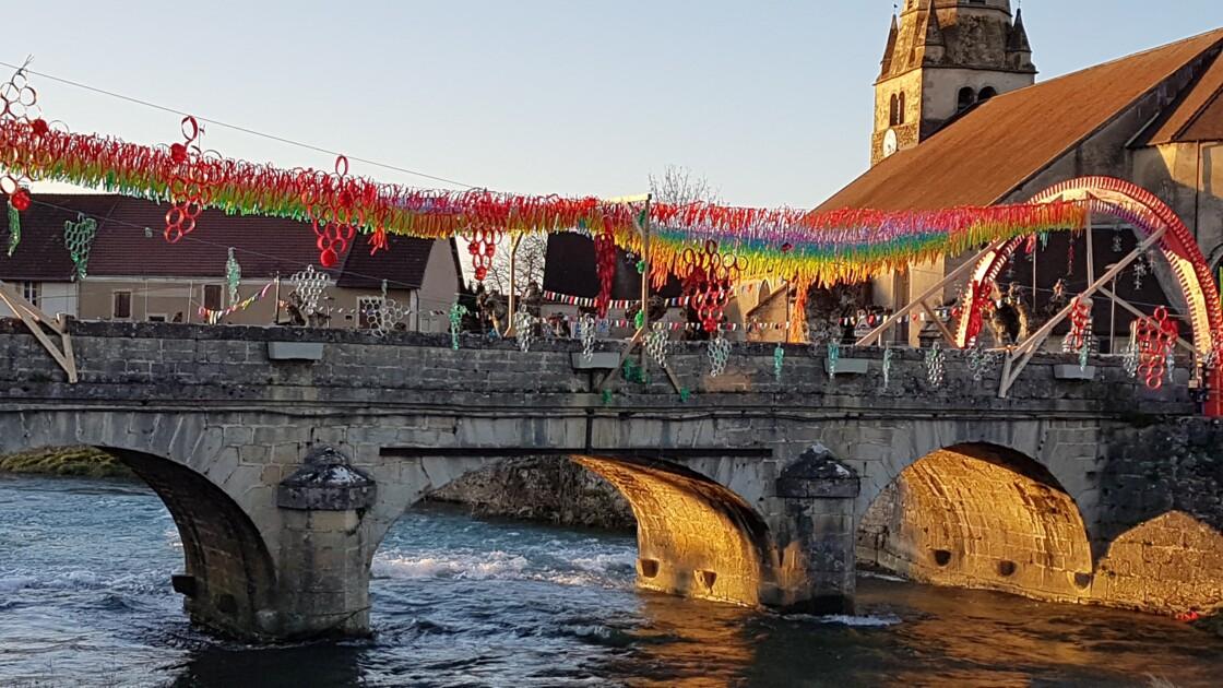 Sur le pont ,on y danse ...on y danse