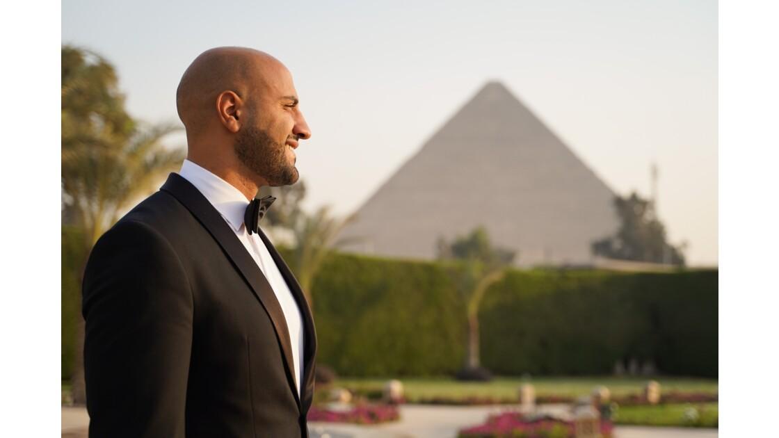 Au pieds des pyramides