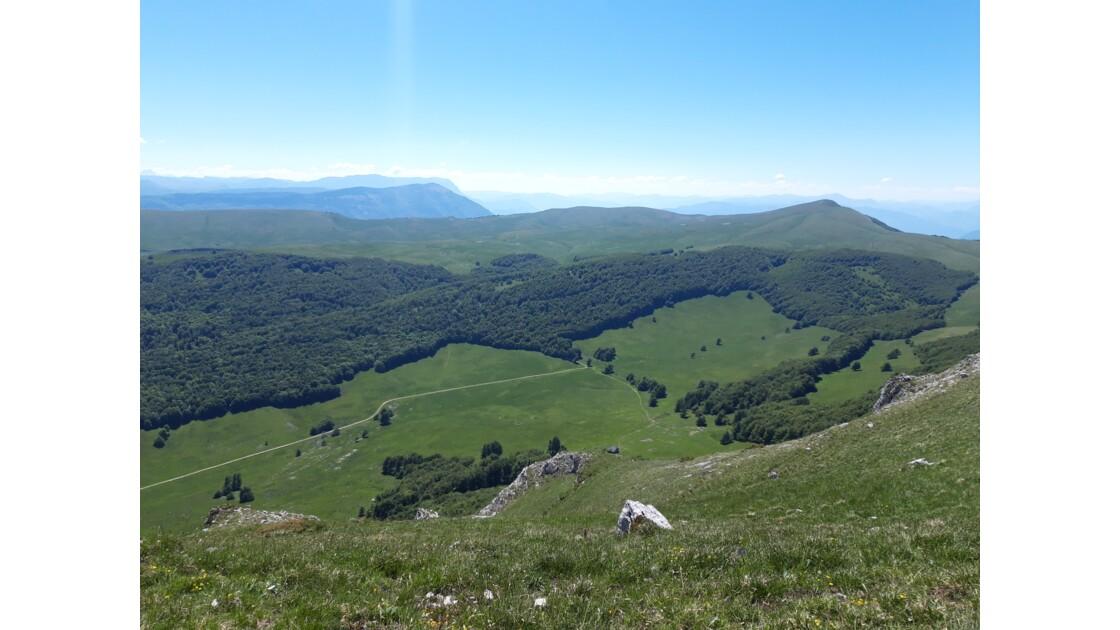 Le Plateau d'Ambel sous le soleil