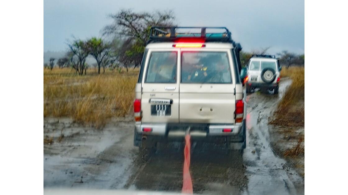 Madagascar Piste de Manja à Bevoay Remorquage 1