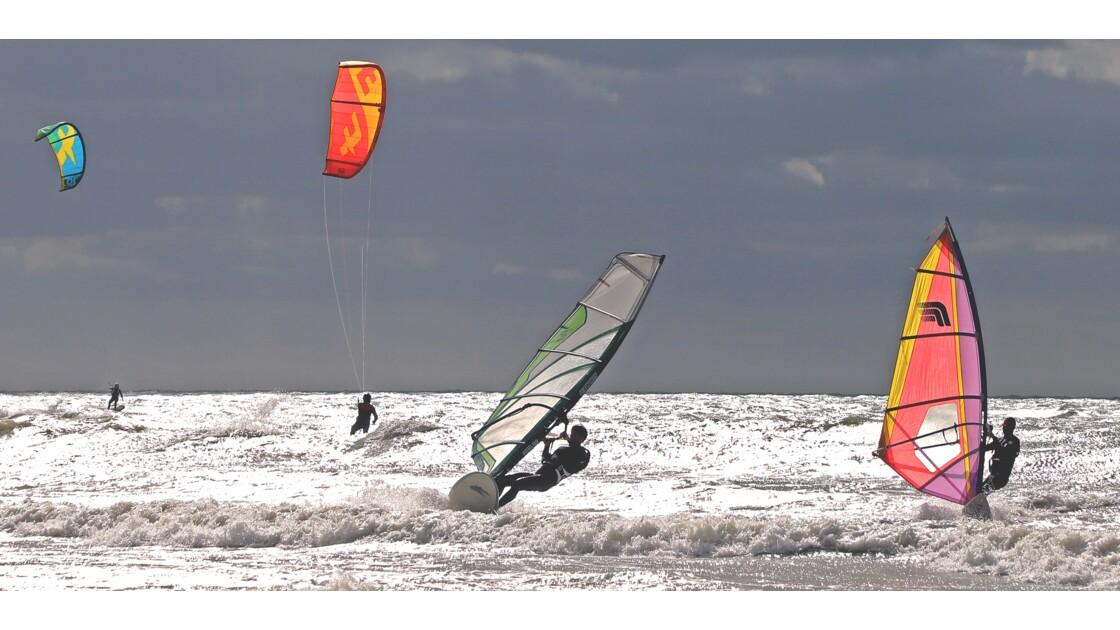 Kitesurf et planches sur la manche