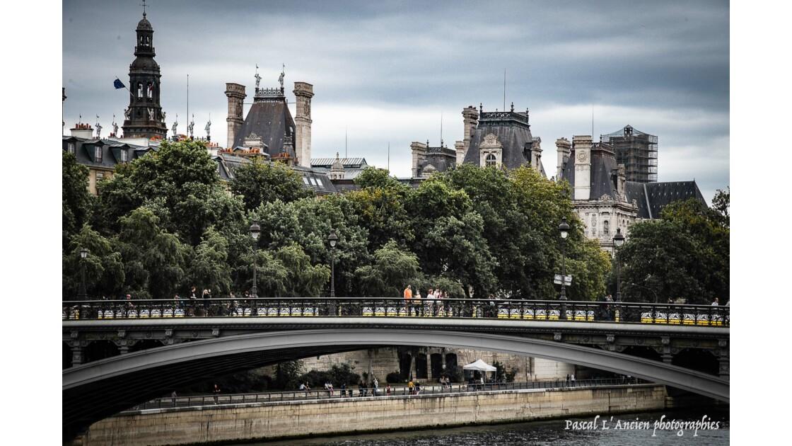 Une traversée de Paris 3