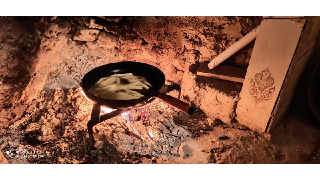 Frite au feu du bois