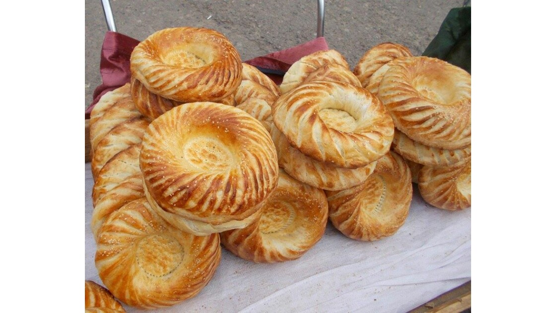 Les délicieux pains ouzbeks