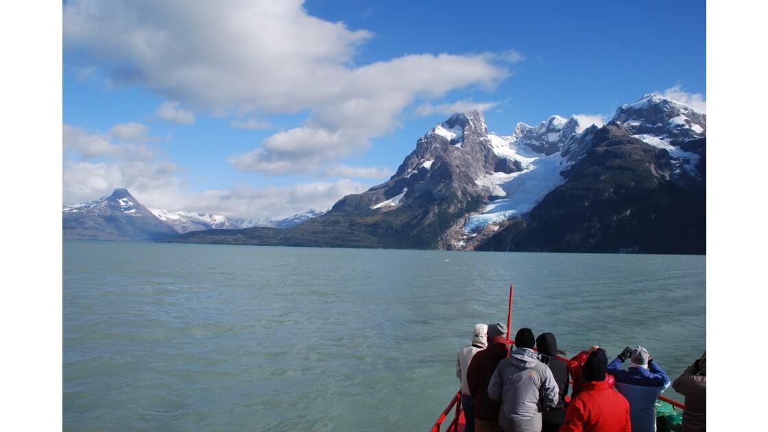 En approche du glacier Balmaceda
