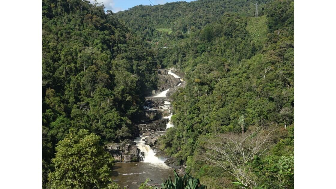 Madagascar Cascade du Parc de Ranomafana 2