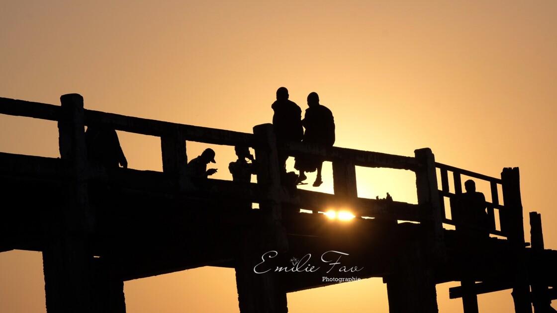 Coucher de soleil sur U Bei Bridge