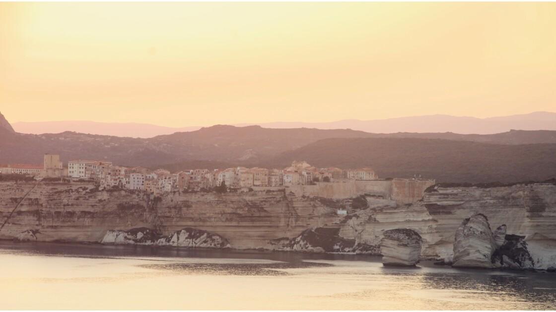 Coucher de soleil sur les falaises de Bonifacio