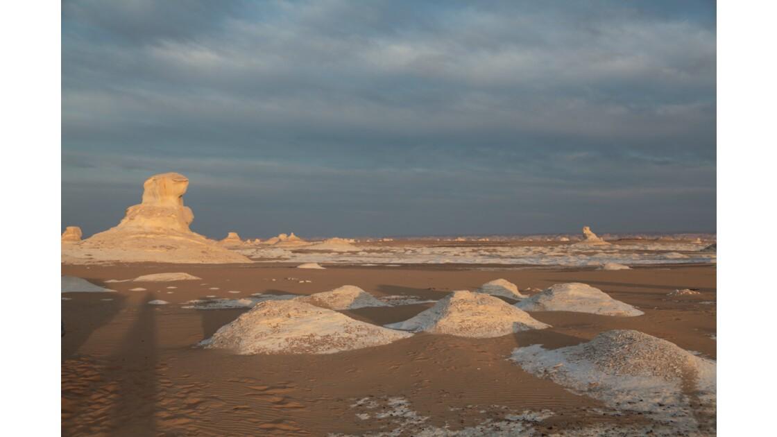 Le désert blanc, soleil levant