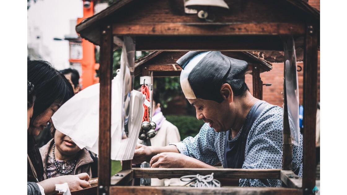 les japonais dans la rue