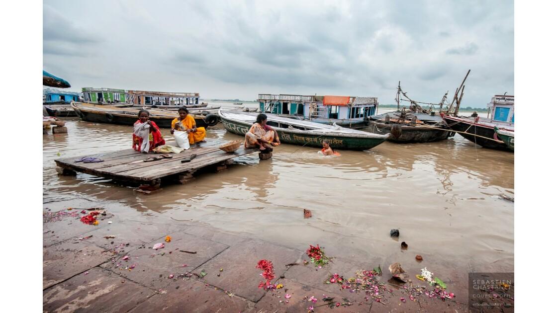 Ablutions dans le Gange