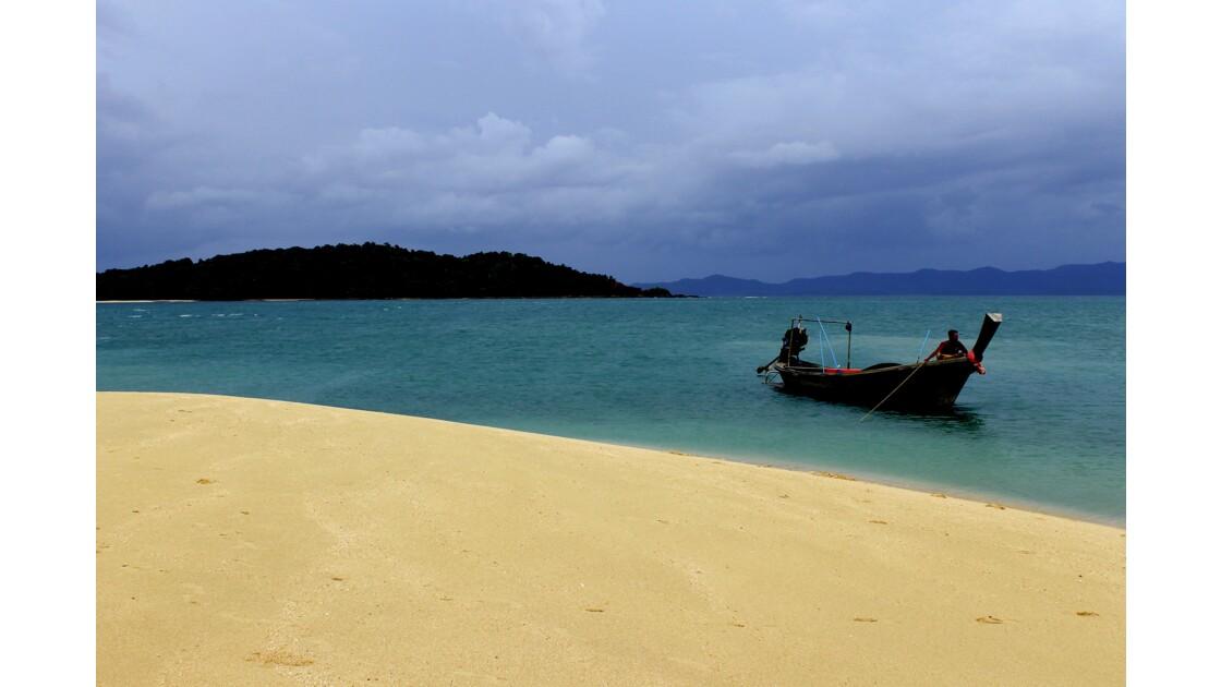 Ilot au large de Kho Phi Phi, Thaïlande