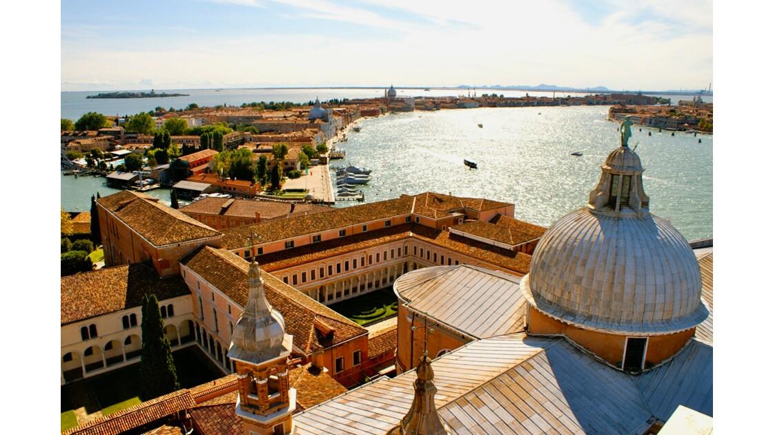 Vue sur les toits de Venise depuis San Giorgio Maggiore