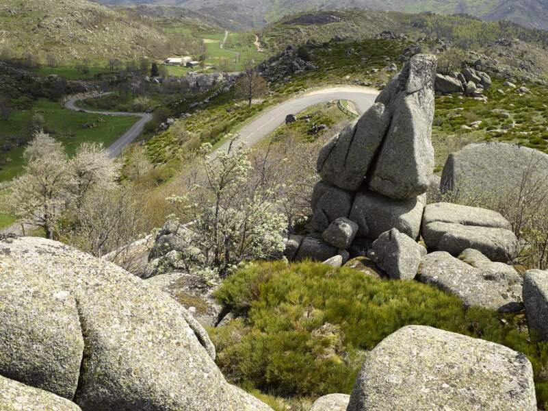Chaos de Runes sur la D35 entre le Pont-de-Montvert et le col de Montmirat, près de Mende