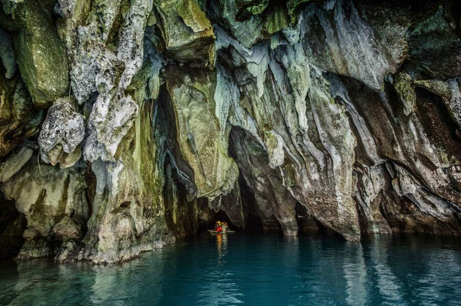 La rivière souterraine de Puerto Princesa, un labyrinthe de calcaire