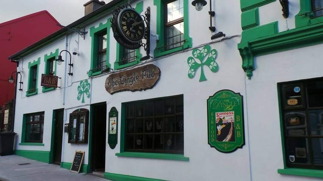 Pub sur la Wild Atlantic Way (ou côte sauvage d'Irlande), Dingle