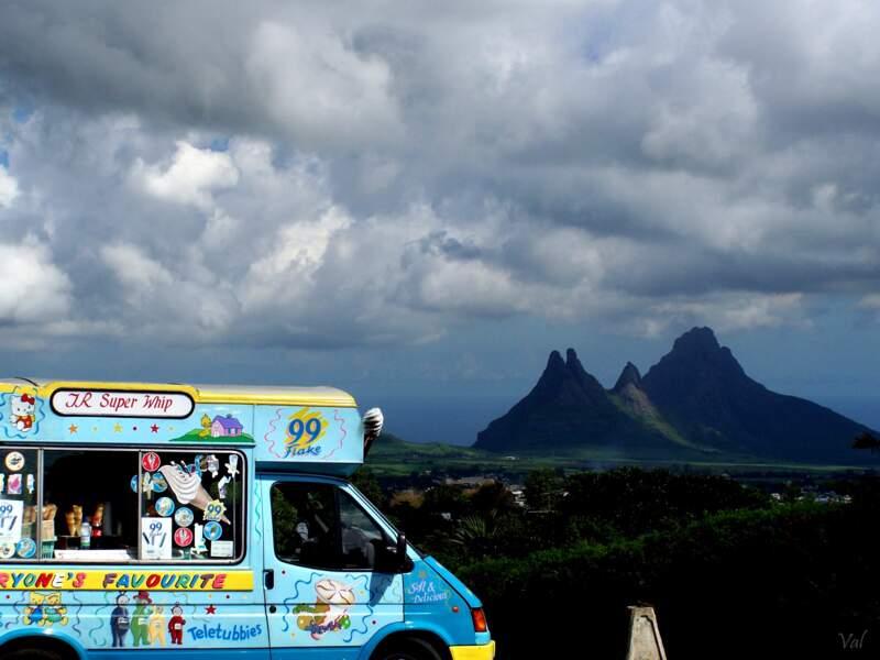 Courte pause dans les montagnes de l'Île Maurice