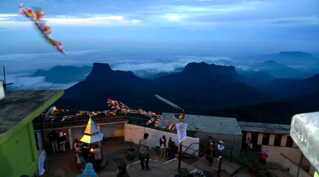 Grimpez au sommet du Sri Lanka, à Adam's Peak