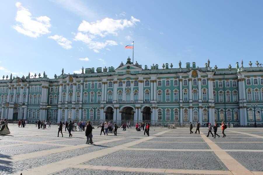 9 - Le musée de l'Hermitage, Saint-Pétersbourg (Russie)