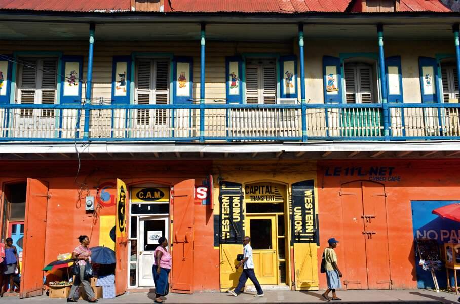 Ancienne capitale de la colonie de Saint-Domingue, Cap-Haïtien est souvent appelé Le Cap