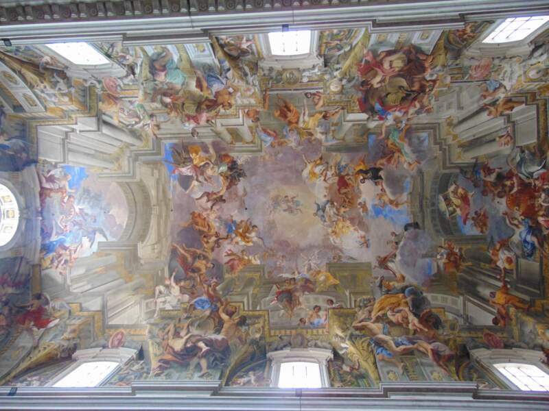 Le plafond en trompe-l'oeil de l'église Sant'Ignazio de Loyola