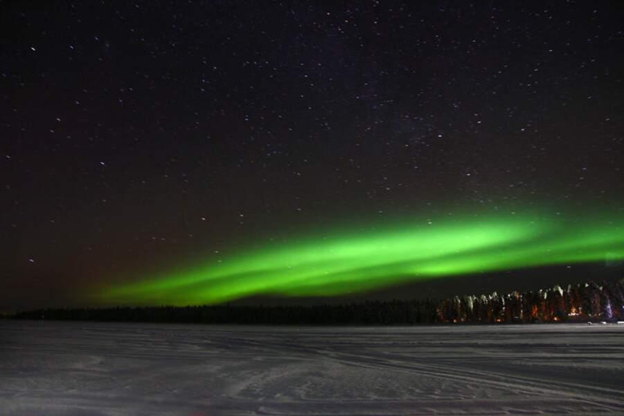 Aurore boréale en Laponie, nord de la Finlande