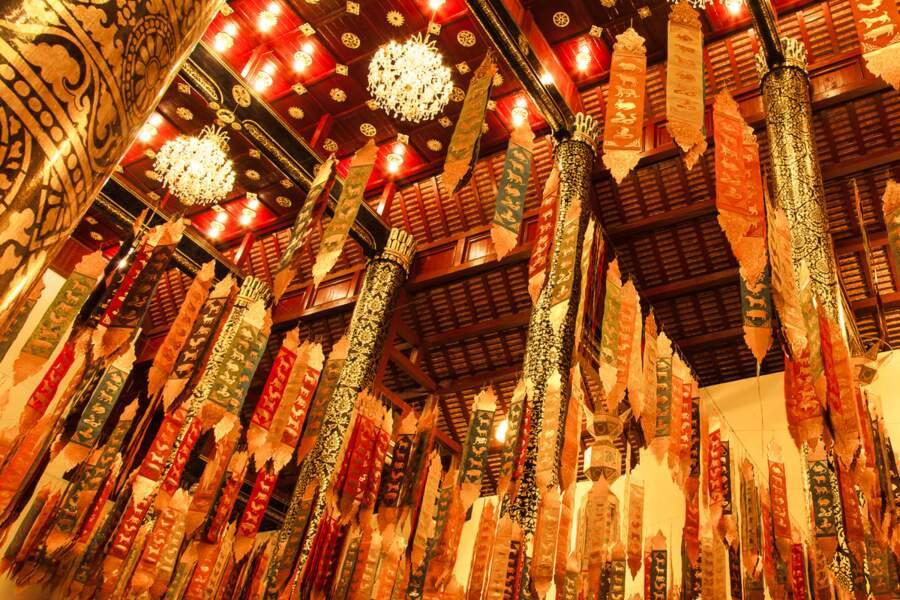 Plafond de Wat Chedi Luang