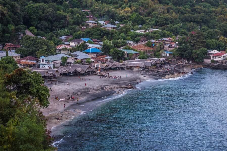 Lamalera, patrie des derniers pêcheurs de cachalots