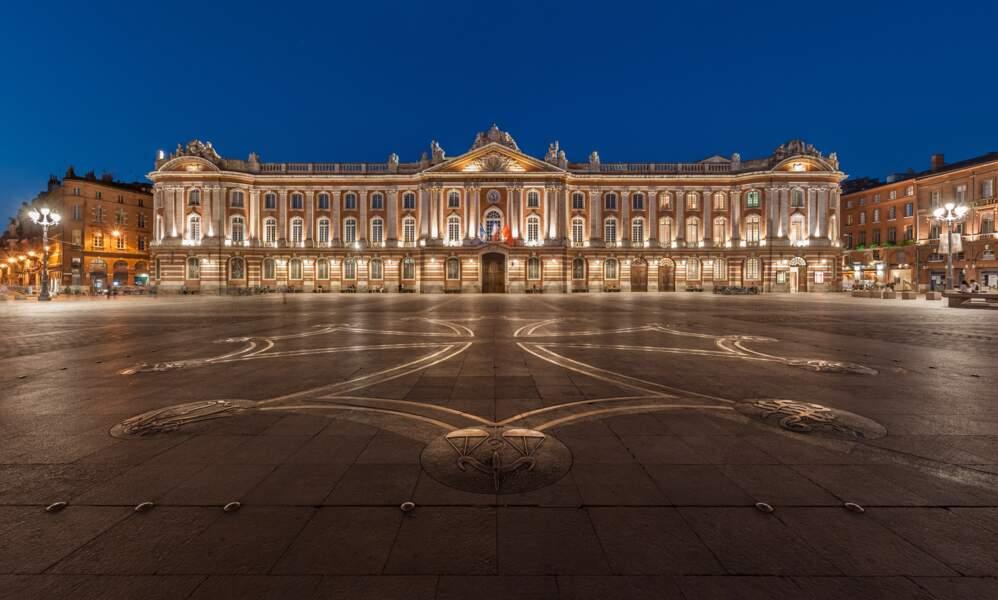 La place du Capitole, cœur de la ville de Toulouse